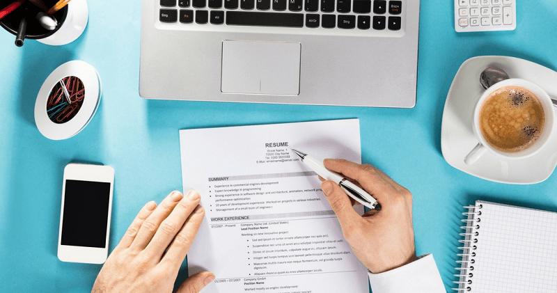 CV nhấn mạnh vào thành tựu và khả năng của bản thân