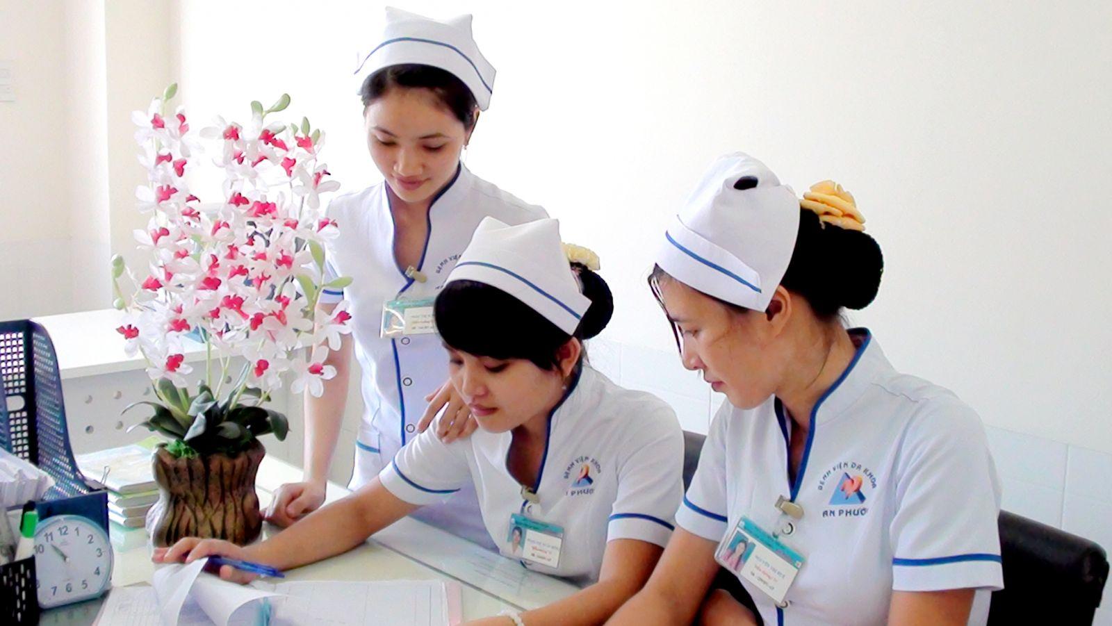 việc làm y tế