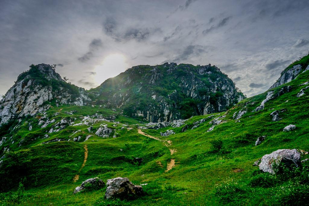 SockVideo.com -  Kinh nghiệm du lịch tại Núi Trầm