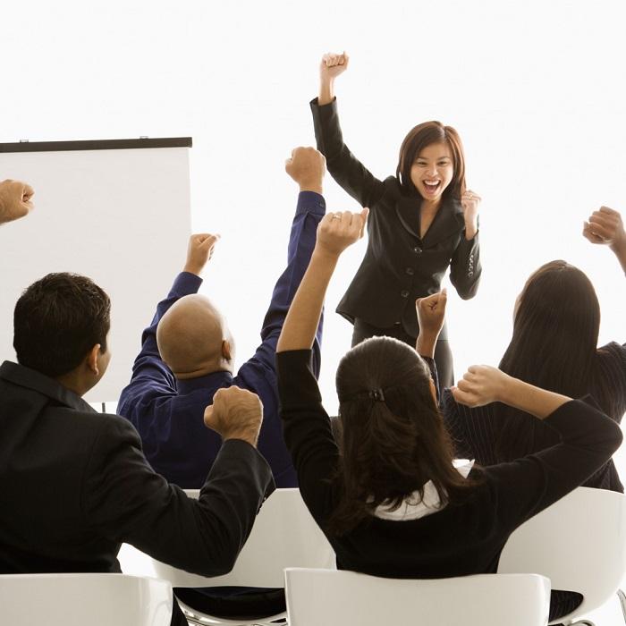 OneTopics.com -  Tự tin ở trước quần chúng là một năng lực tất cả mọi người cũng cần có